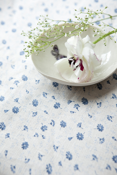 blue_flower_fabric