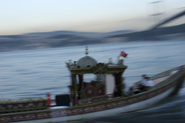 cw_boat_on_bosphorus_tif