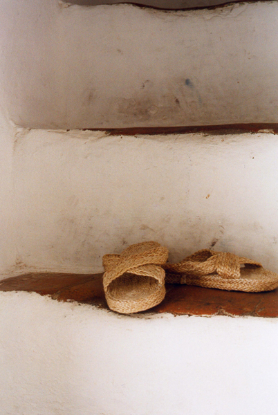 vejer sandals stairs