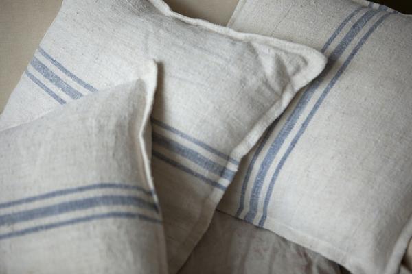cushions05Dec2014_0011