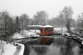 96_regents_canal_red