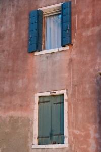 85.venice_windows