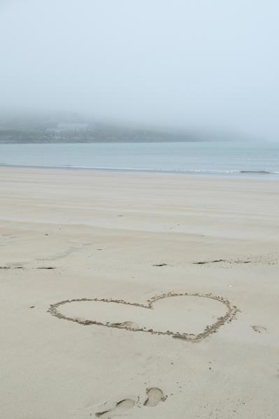 108_beach_heart2