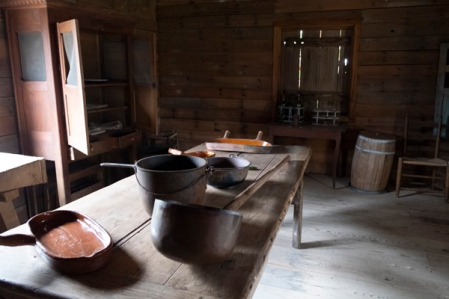 whitney_plantation_kitchen
